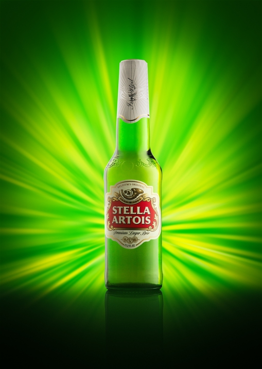 Beer bottle photography with burst background